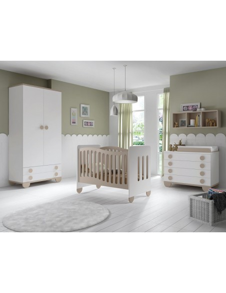 Dormitorio infantil con armario en Madrid